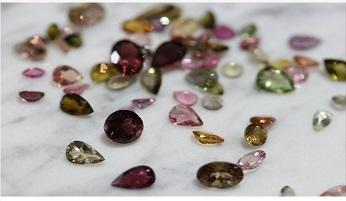 安い=低品質というイメージを覆す!東南アジアの宝石をご提供致します!!